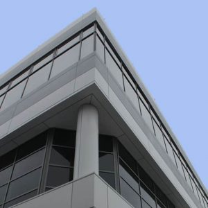 U values, have been improved, aesthetics are better and building maintenance thanks to aluminium panels is now much less.